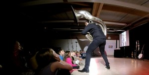 spectacle musical pour enfant soubassophone